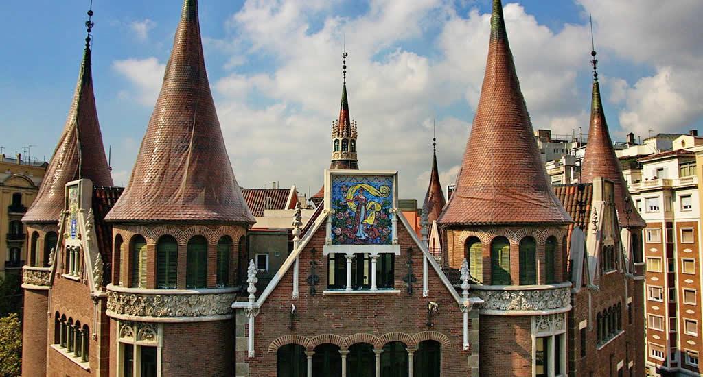 Casa de les Punxes | Mooistestedentrips.nl
