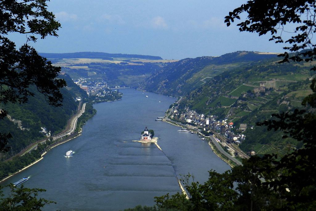 Castillo Pfalzgrafenstein y Kaub Valle del Rin Alemania