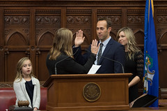 State Rep. Brain Farnen takes the oath of office