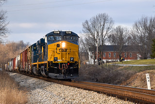 Csx 7216 leads one of there first revenue runs on Q575. Csx 7216 was rebuilt from Csx 359