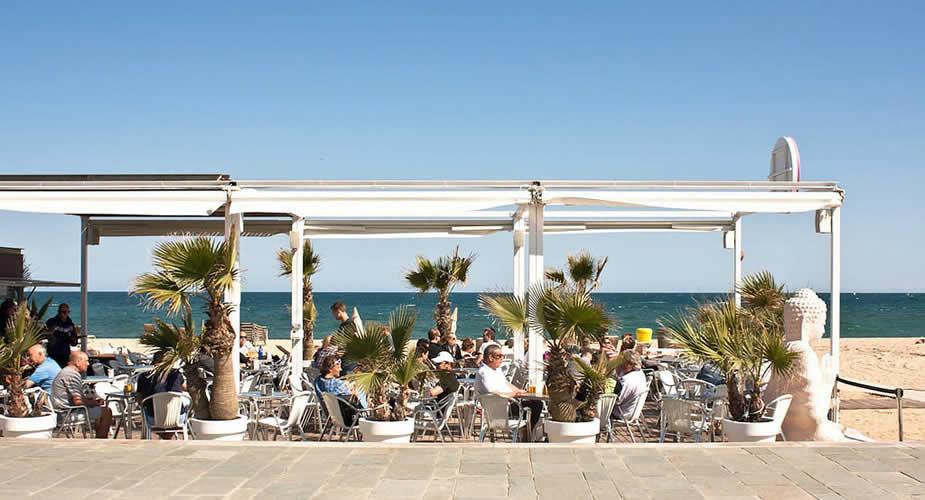 Strand in Barcelona: Bogatell | Mooistestedentrips.nl