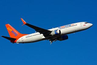 C-FTDW (Sunwing Airlines)