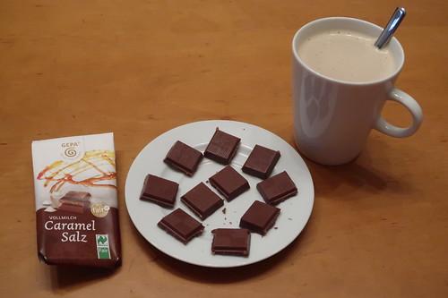 Bio Schokolade Caramel Salz von GEPA zum Nachmittagskaffee