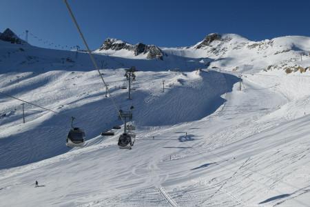 Aktuálně: slunečné lyžování na českých horách i v Alpách