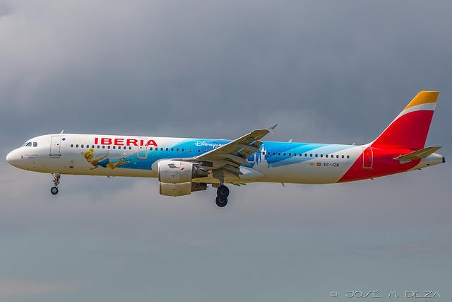 Iberia A321-212 EC-JZM
