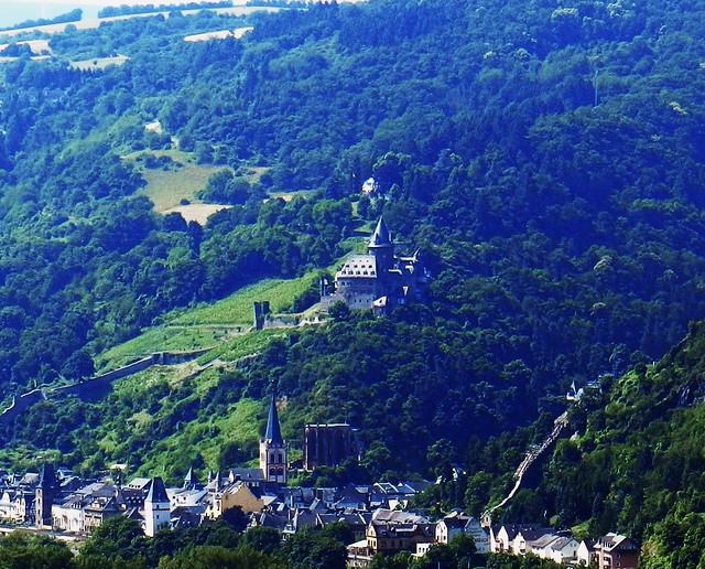 Castillo Stahleck burg en Bacharach Valle del Rin Alemania