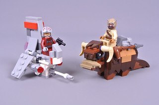 Review: 75265 T-16 Skyhopper vs. Bantha Microfighters