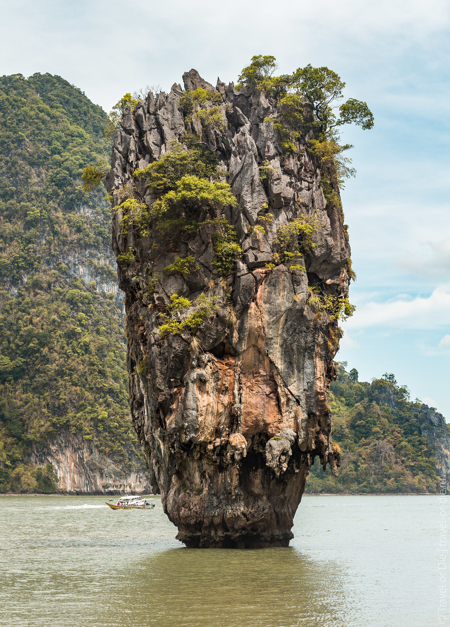 James-Bond-Island-Ko-Tapu-Thailand-9071