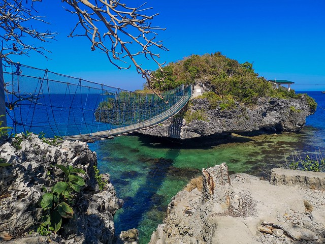 Adventurous hanging bridge at Hundred Islands in Alaminos, Pangasinan in the Philippines.