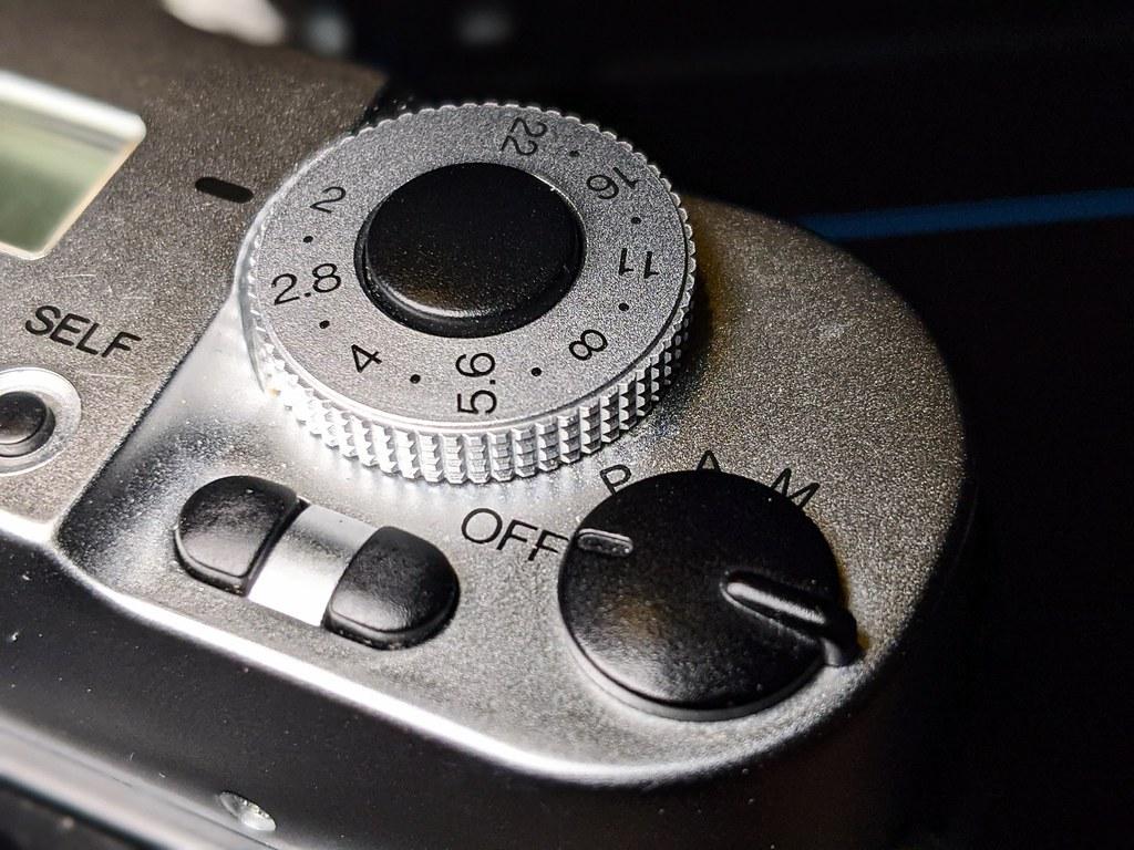 Konica Hexar AF Silver