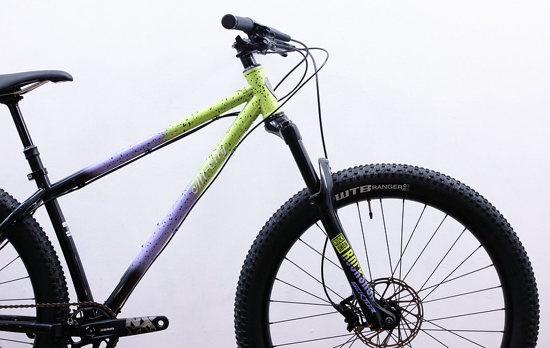 All-City / ELECTRIC QUEEN 27.5+ Complete Bike / Blue Lime Splatter
