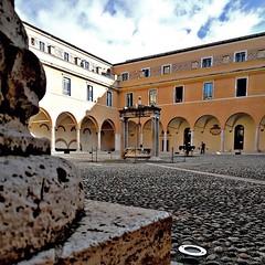#Buongiorno Sapienza con una foto dell'Edificio di Ingegneria San Pietro in Vincoli di @nicolacapogrossi #Repost: «Ogni tanto bisogna fermarsi... e osservare :leaves: ----------------------------------- #golook #instagram #likeforlike #photooftheday #amaz