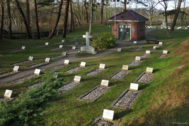 Schiermonnikoog: Vredenhof cemetery