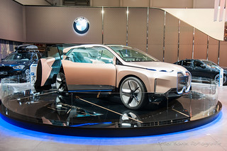 BMW Vision iNext Concept - 2018