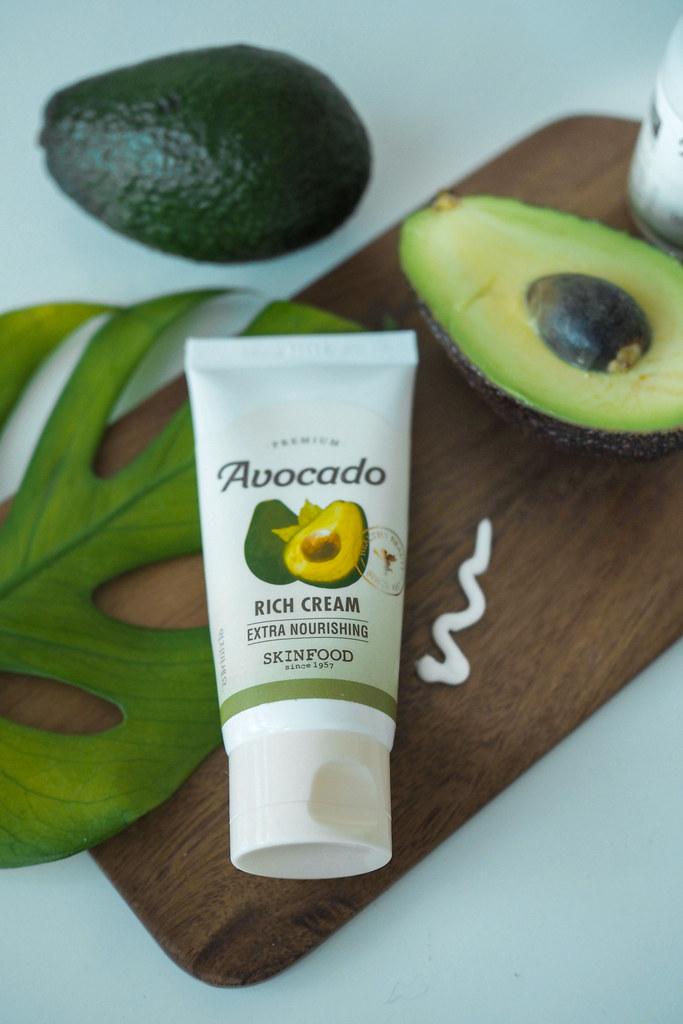 kosteuttava voide kuivalle iholle.
