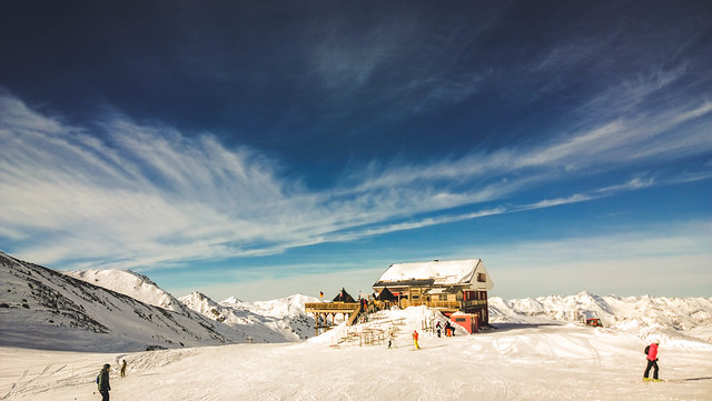 Sunny Day skiing