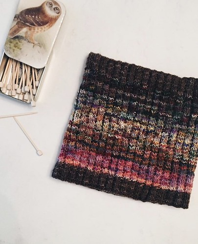 @soniabknits knit this stunning Colourscape Cowl designed by Marji La Freniere using the Koigu KPPPM mini skeins in the Advent Calendar 2019