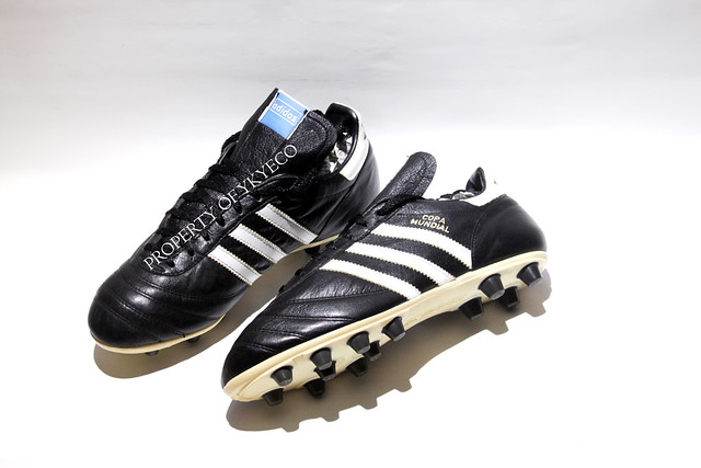 COPA MUNDIAL ADIDAS OFFICIAL 1980's FOOTBALL BOOTS 05