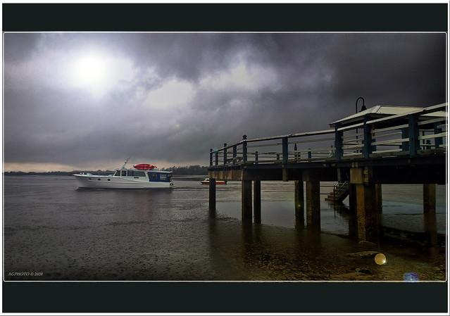 Baxters jetty Schorncliffe in heavy rain
