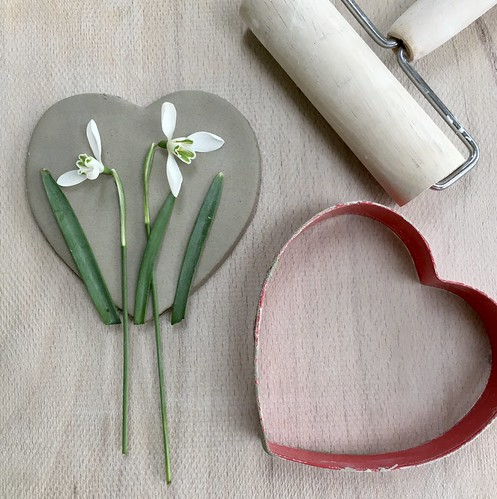 I'm making ceramic snowdrop hearts today in time for Mother's Day