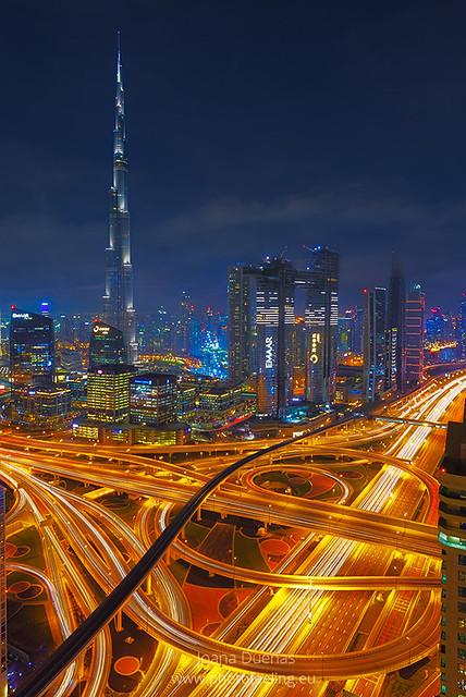 Dubai at night 7S9713P