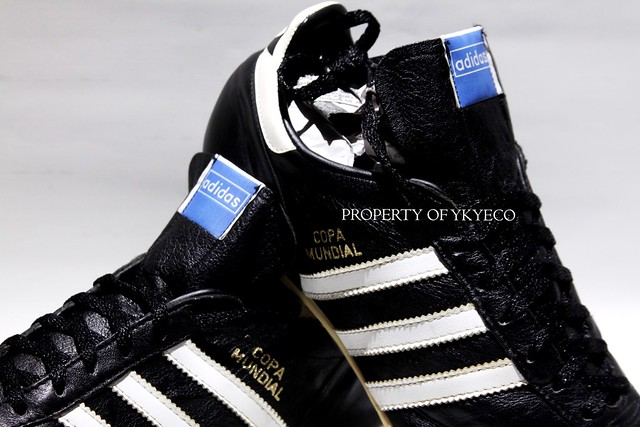 COPA MUNDIAL ADIDAS OFFICIAL 1980's FOOTBALL BOOTS 10