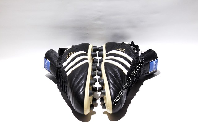 COPA MUNDIAL ADIDAS OFFICIAL 1980's FOOTBALL BOOTS 07