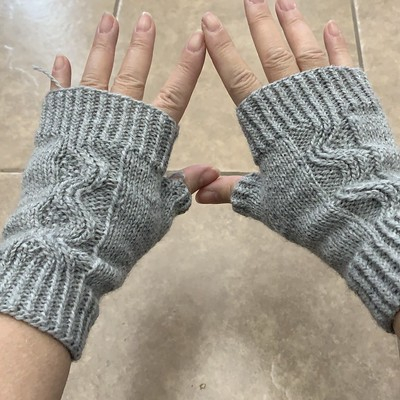 Just a few ends to weave in on my Nalu Mitts by Leila Raven