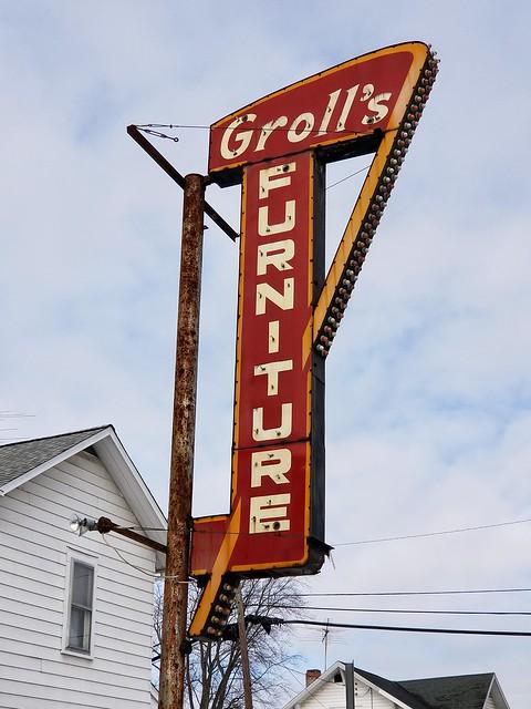Groll's Furniture