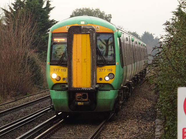 Southern 377119 @ Portchester