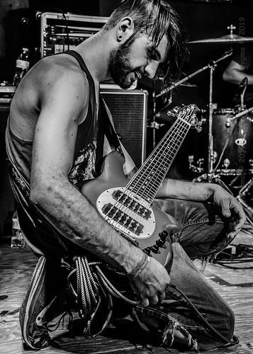 livemusic music bassguitar timothyrikkers perceivepersist hoosierdome indianapolis indiana d5100 blackwhite
