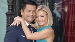 Does Kelly Ripa and Mark Consuelos Flirts?