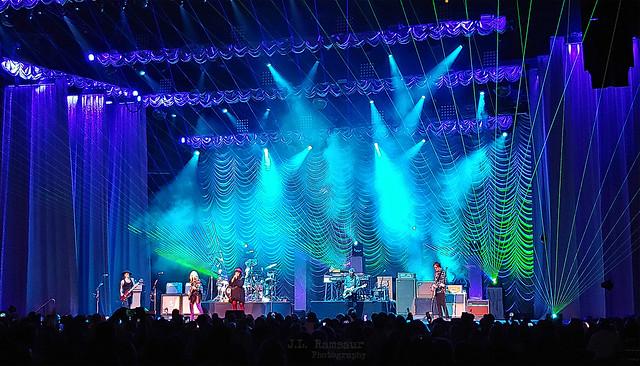 Heart - Barracuda - Love Alive Tour - Memphis, Tennessee