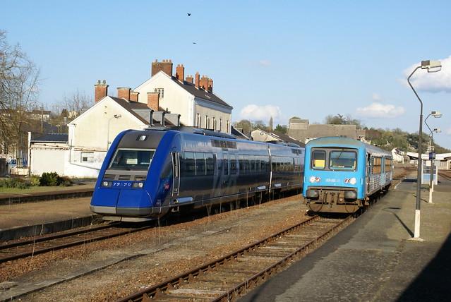 2008-04-07, SNCF, Château du Loir