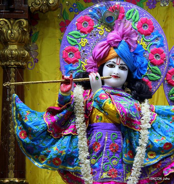ISKCON Juhu Mangal Deity Darshan on 25th Jan 2020