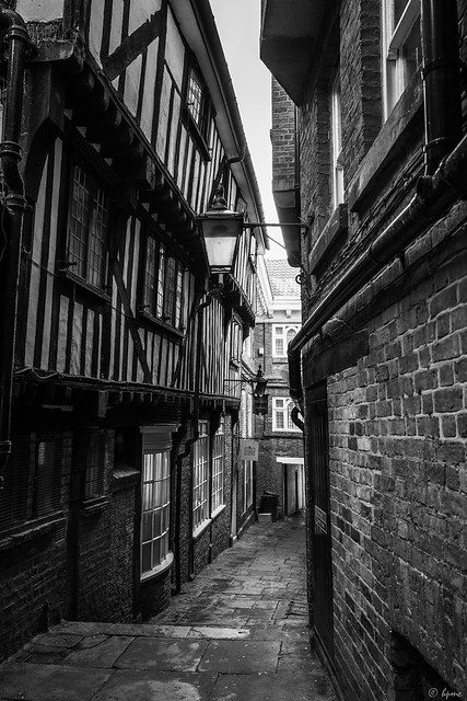 Hidden York - Lady Peckett's Yard