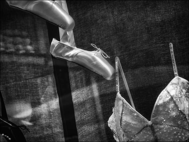 Sa décision était prise, elle serait danseuse étoile... / Her decision was made, she would be a ballet dancer...