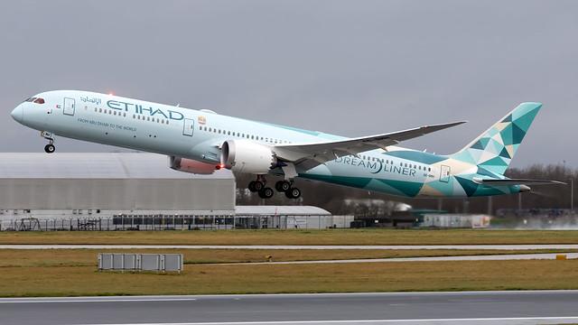 Etihad Airways A6-BMH 787-10 EGCC 25.01.2020