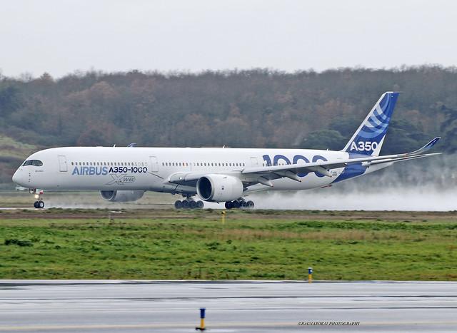 A350-1000_Airbus_F-WMIL-002_cn0059