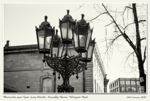 OCC005 Newcastle - Lamp Outside Assembly Rooms