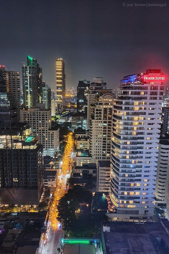 Yömaisema W Hotel Bangkokin huoneesta