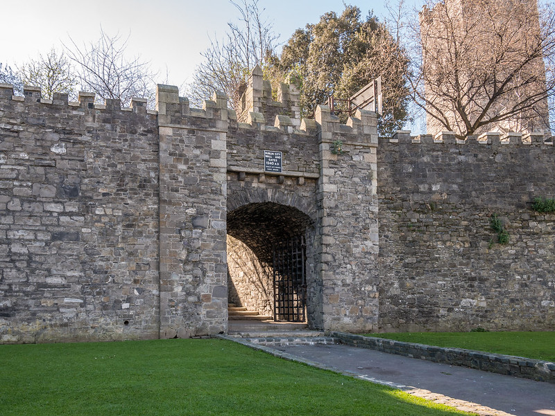 Dublin City Wall and Gate