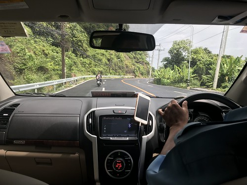 Drive to Big Buddha