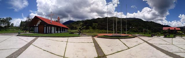 Oxapampa - Iglesia de Miraflores