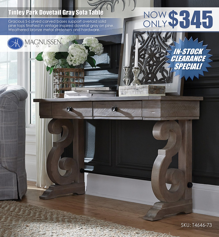 Tinley Park Sofa Table_T4646-73_instock
