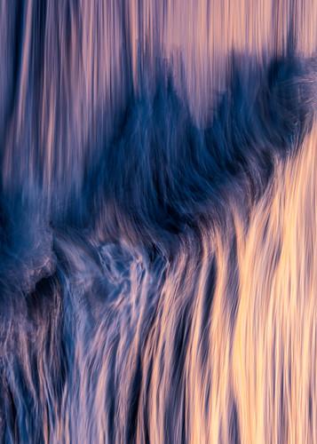 california santabarbara unitedstatesofamerica ocean morning seascape abstract motion vertical waves canonef135mmf2lusm canoneos5dmarkiv sea sunrise outdoors nopeople pacificocean westcoast