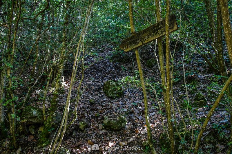 Señal en el sendero de La Pixera