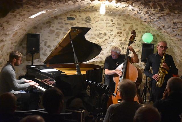 Bernard Abeille trio by Pirlouiiiit 25012020