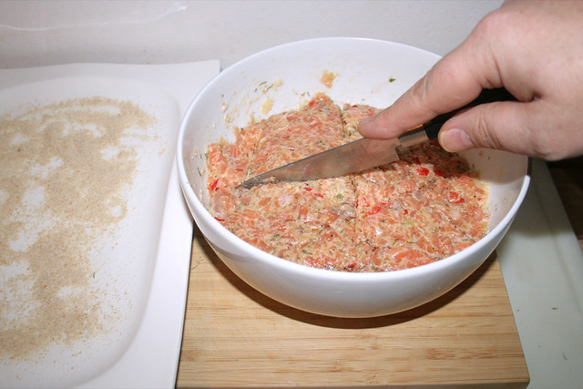 35 - Lachsteig aufteilen / Divide salmon dough
