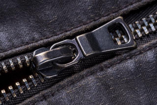 Zipper 02